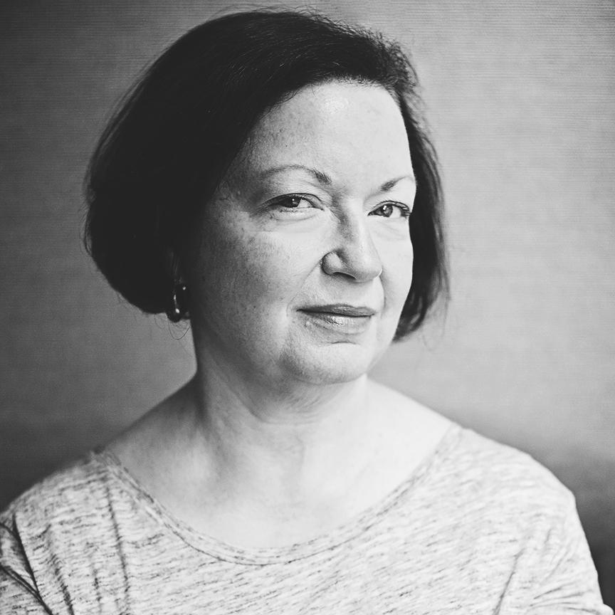 Karen Livecchia   Writer & Editor