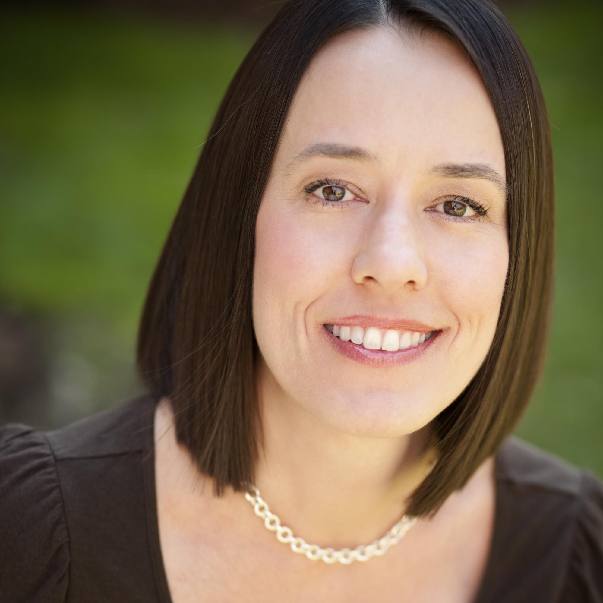 Stephanie Rowe.jpg