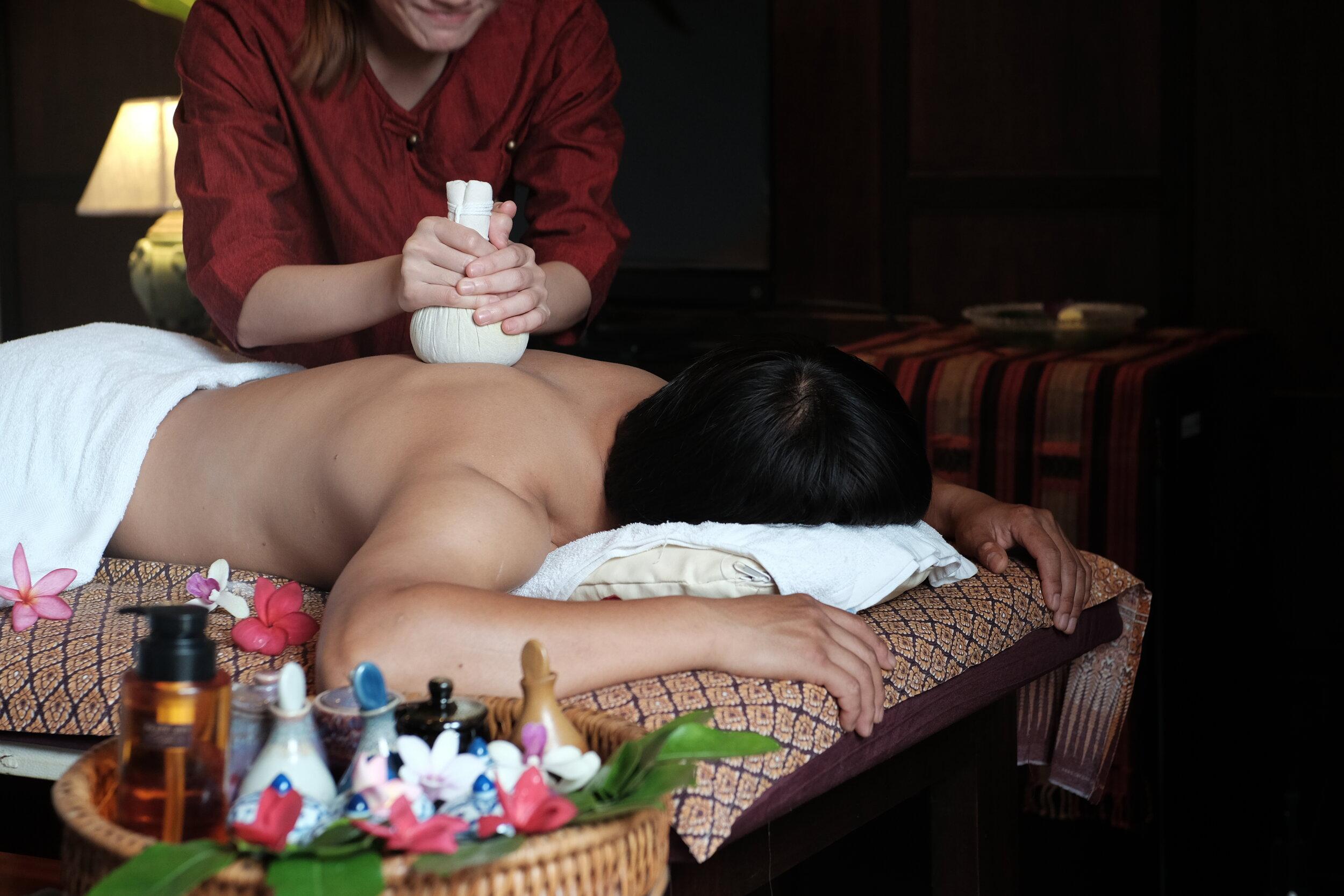 Thai Herbal Hot Compress Massage