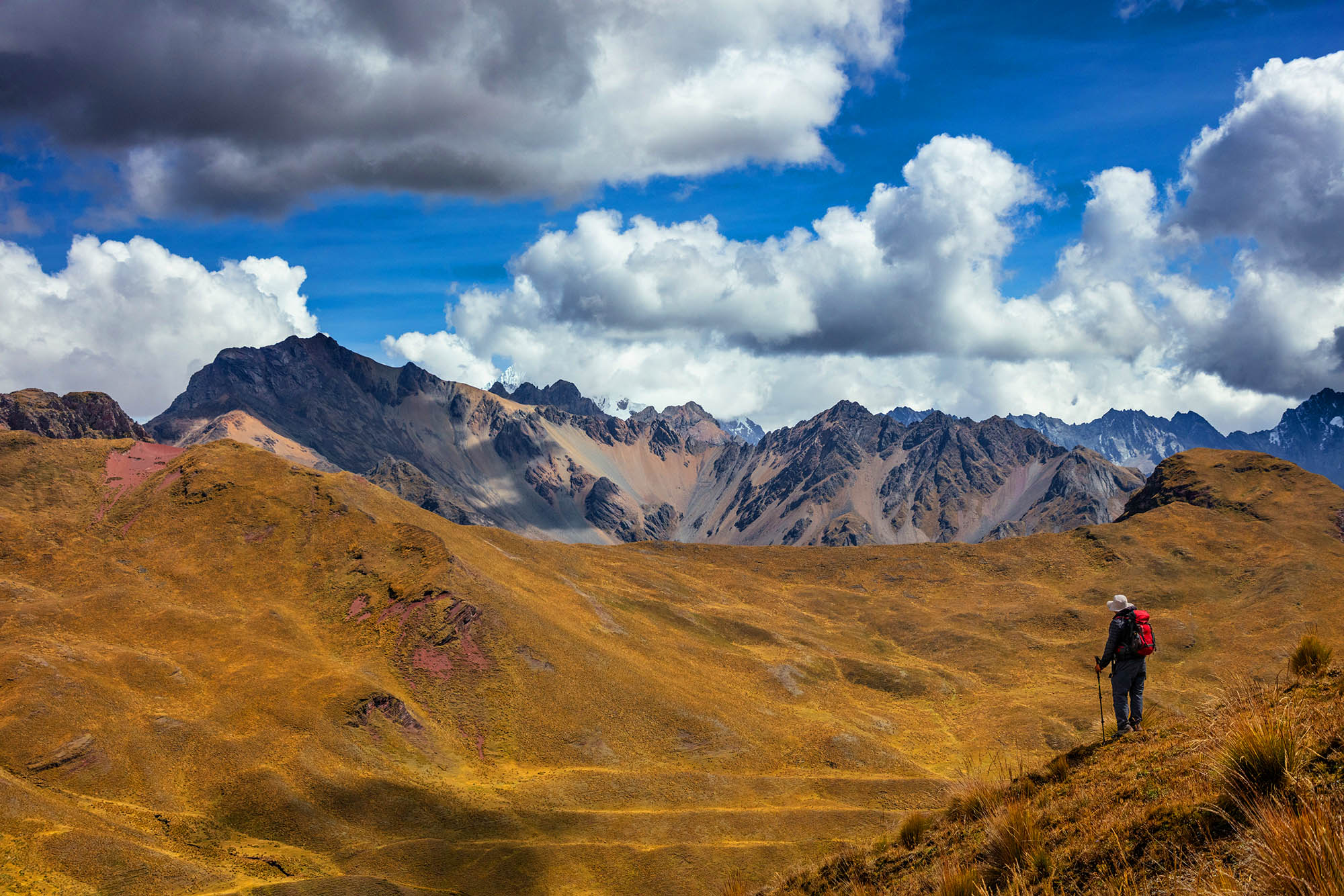 Jaw-dropping images from a desolate mountain trek in Peru    Matador Network