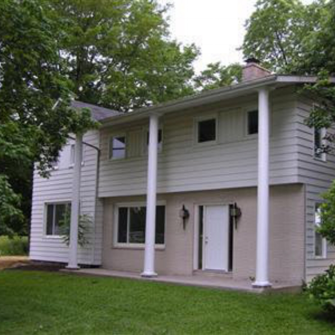 747 Landin Road - SOLD 11/23/11    Represented: Seller   Days on Market: 134   Percentage List to Sales Price: 95%   Sale Price:  $123,000
