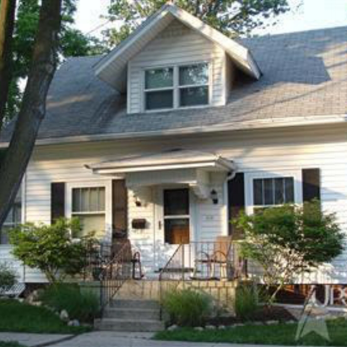 918 Oneida Street - SOLD 10/3/11   Represented: Buyer List Price: $57,500 Sale Price:  $57,500 Negotiated From Price: $0