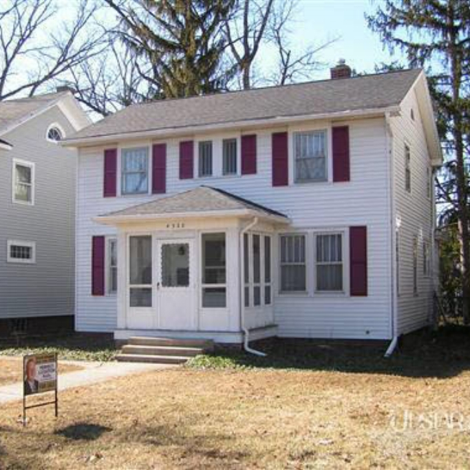 4328 Tacoma Avenue - SOLD 5/2/11    Represented: Seller   Days on Market: 33   Percentage List to Sales Price: 102%   Sale Price: $81,400