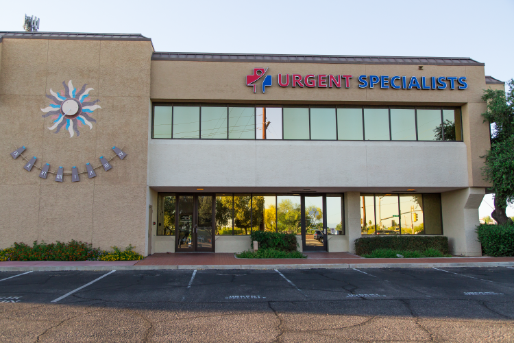 Specialists Urgent Care-34.png