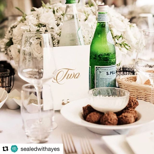 Repost of letterpressed table card numbers from @sealedwithayes.  Photos by @sergiosandonaphotos ・・・ What pairs better with a beautiful table number than #falafel ? 😆#fridayfunnies #weddingtabledecor #weddingtablesetting #pantonegold #israelwedding #losangelesart #graphicdesign #typography #glendaleca #glendale #weddingdesign #weddings #weddingstationary #tablesetting #burbankca #sealedwithayes
