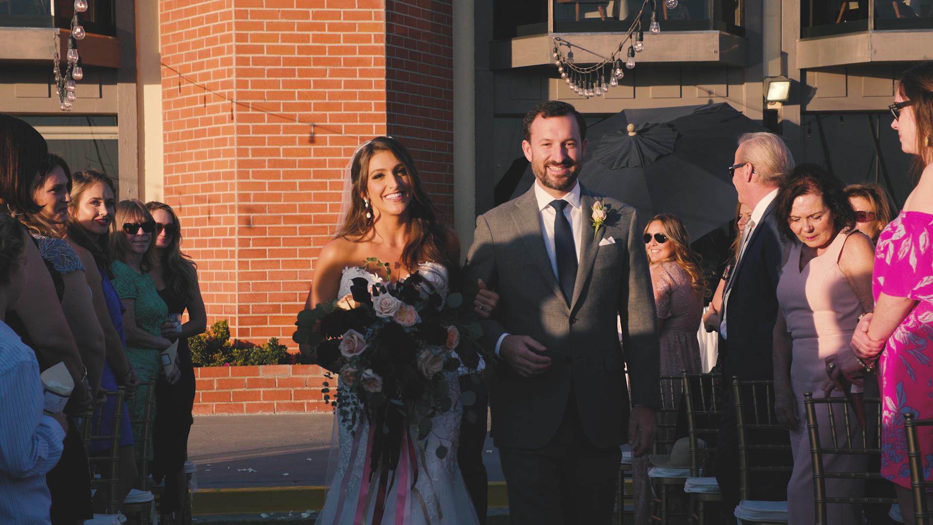 Bride walking0.jpg