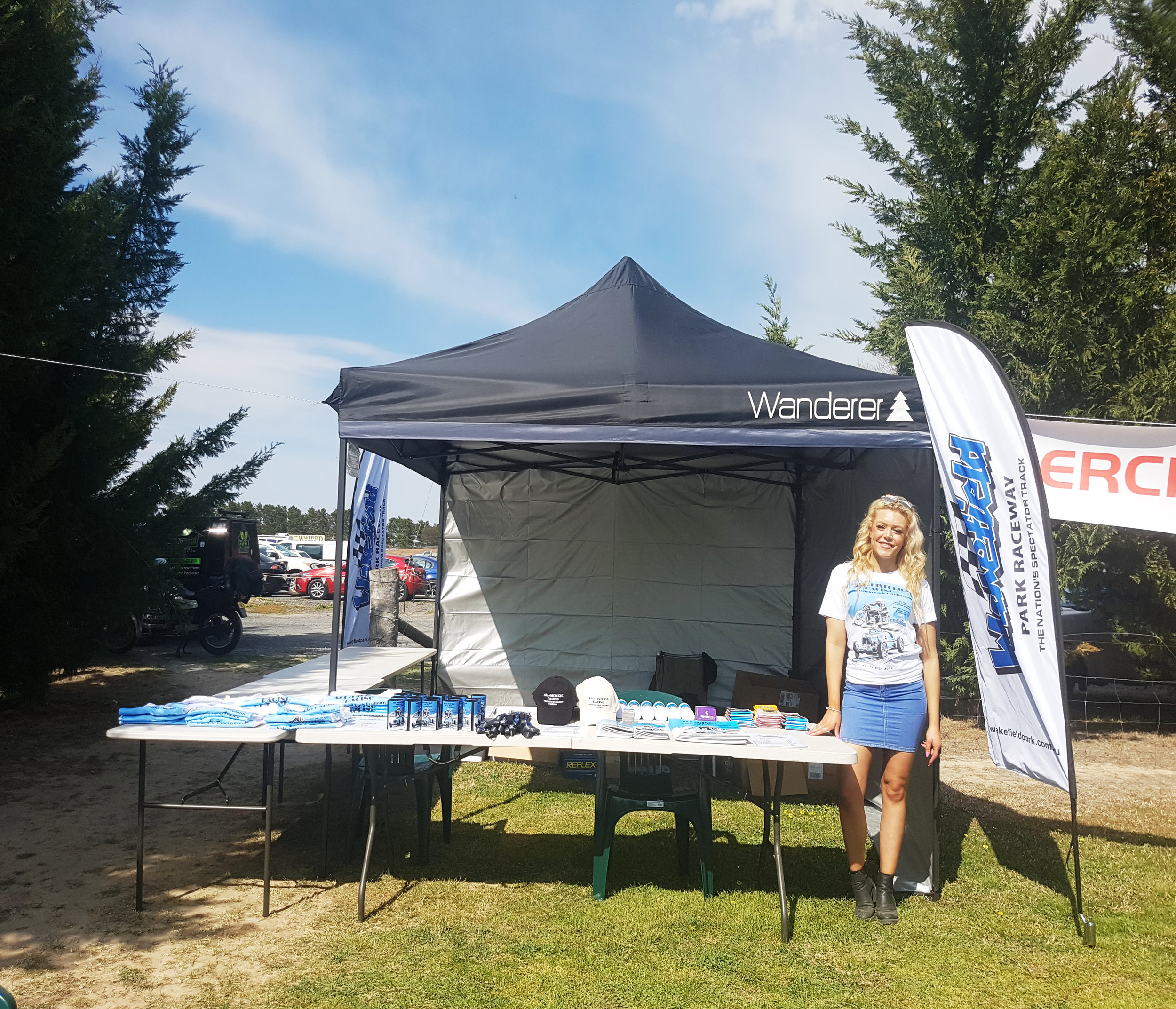 Wakefield Park   Shelley hit the road to attend the all historic racing day at Wakefield Park. T shirts printed by Signage One were a sell out!