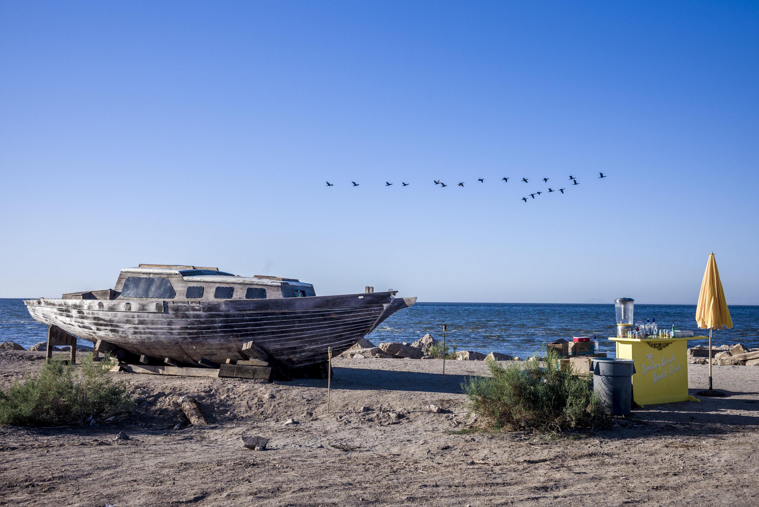Shipwreck_photo by Tao Ruspoli.jpg