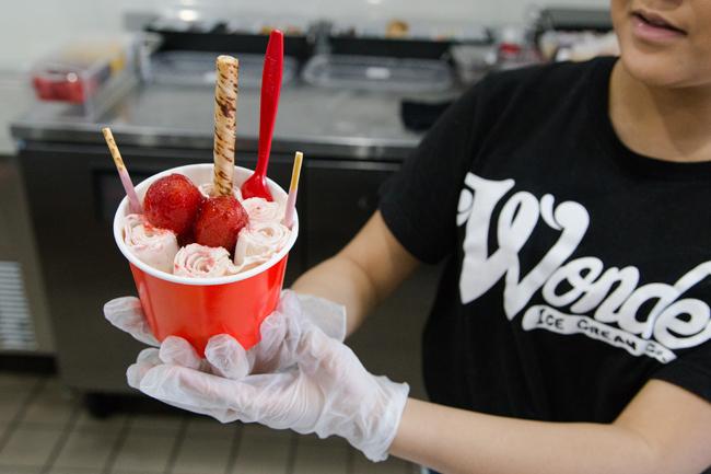 Prepare Rolled Ice Cream.jpg