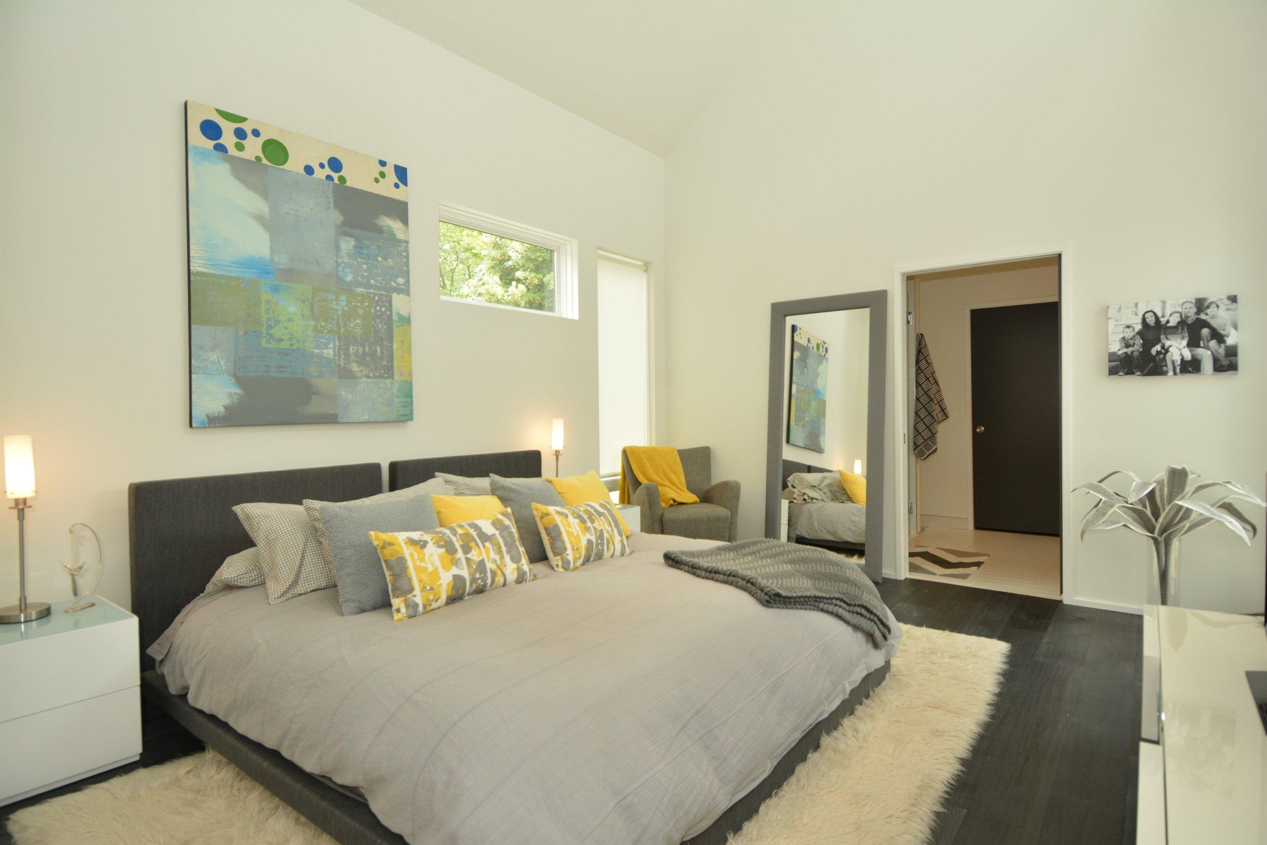 IndyMod-Home1-MasterBedroom.jpg