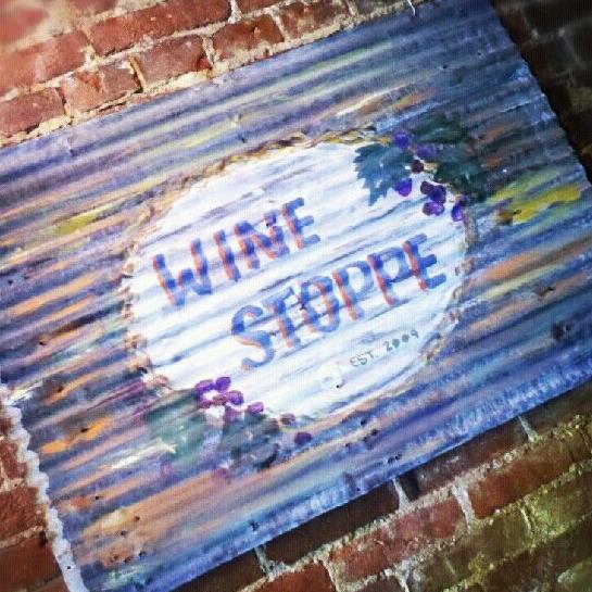 Main Street Wine Stoppe - 303 N Main St, Hannibal, MO 63401(573) 231-1007