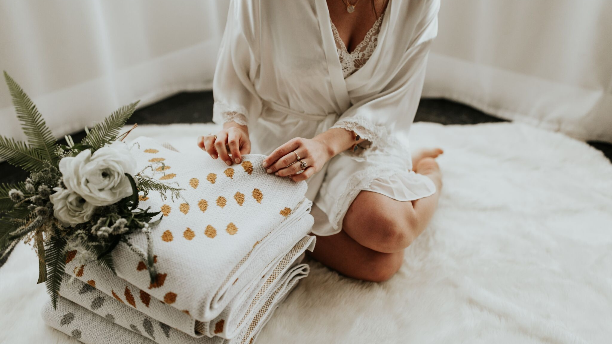 Seek & Swoon | Ashley Spence
