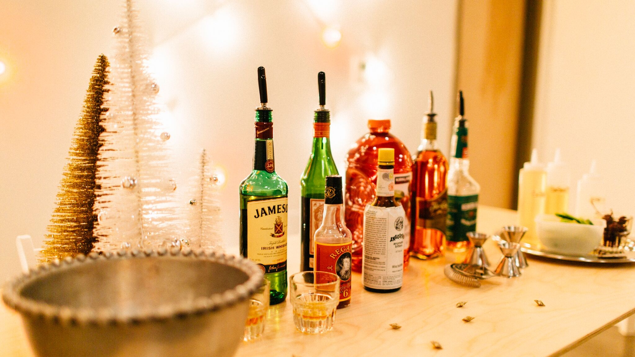 Holiday Mixology Class | Ashley Spence