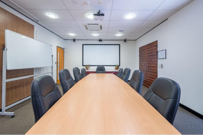 M1 Boardroom.jpg