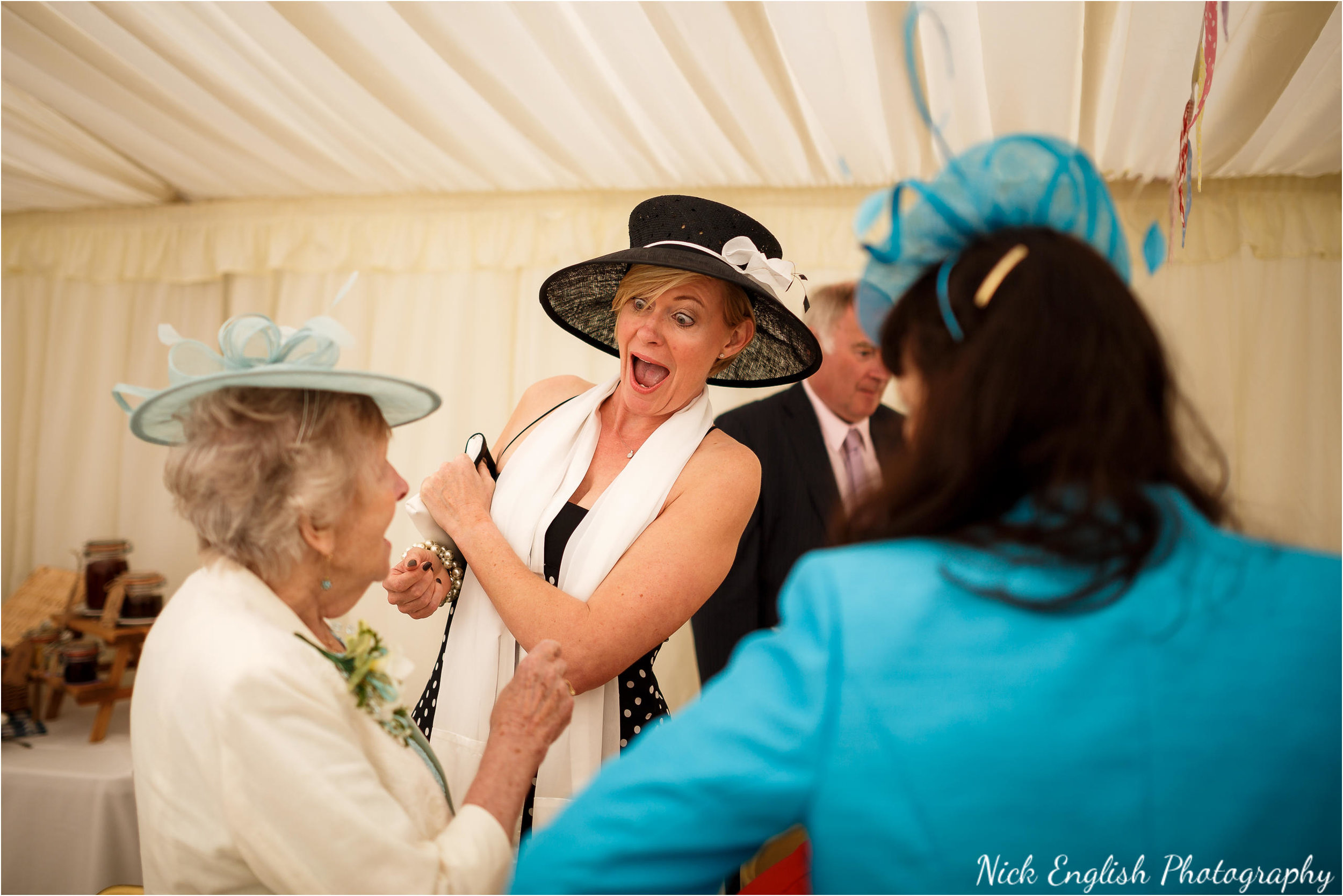 Derek Wright Georgina Wedding Photographs 119.jpg