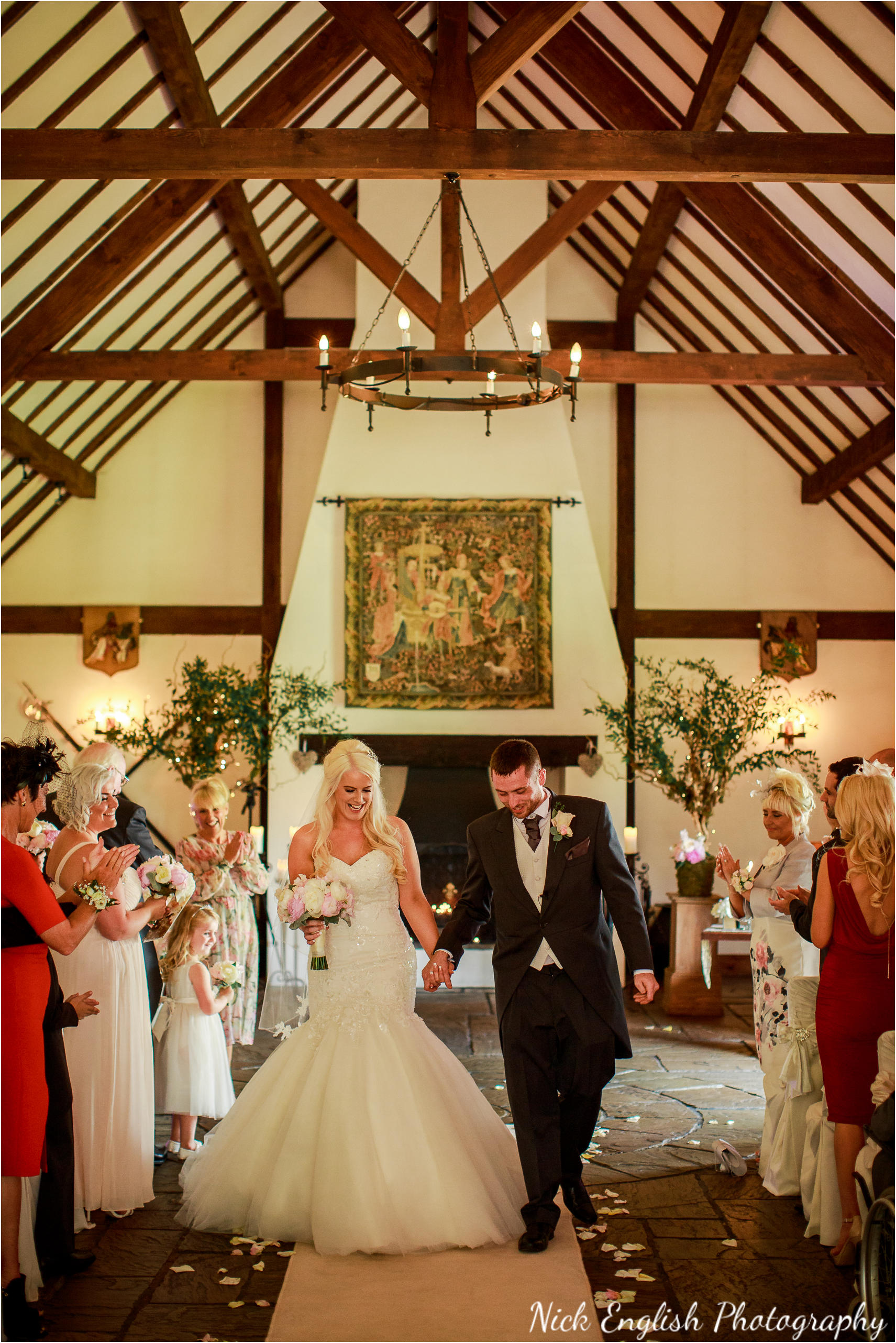 Great Hall At Mains Wedding Photograph 82.jpg