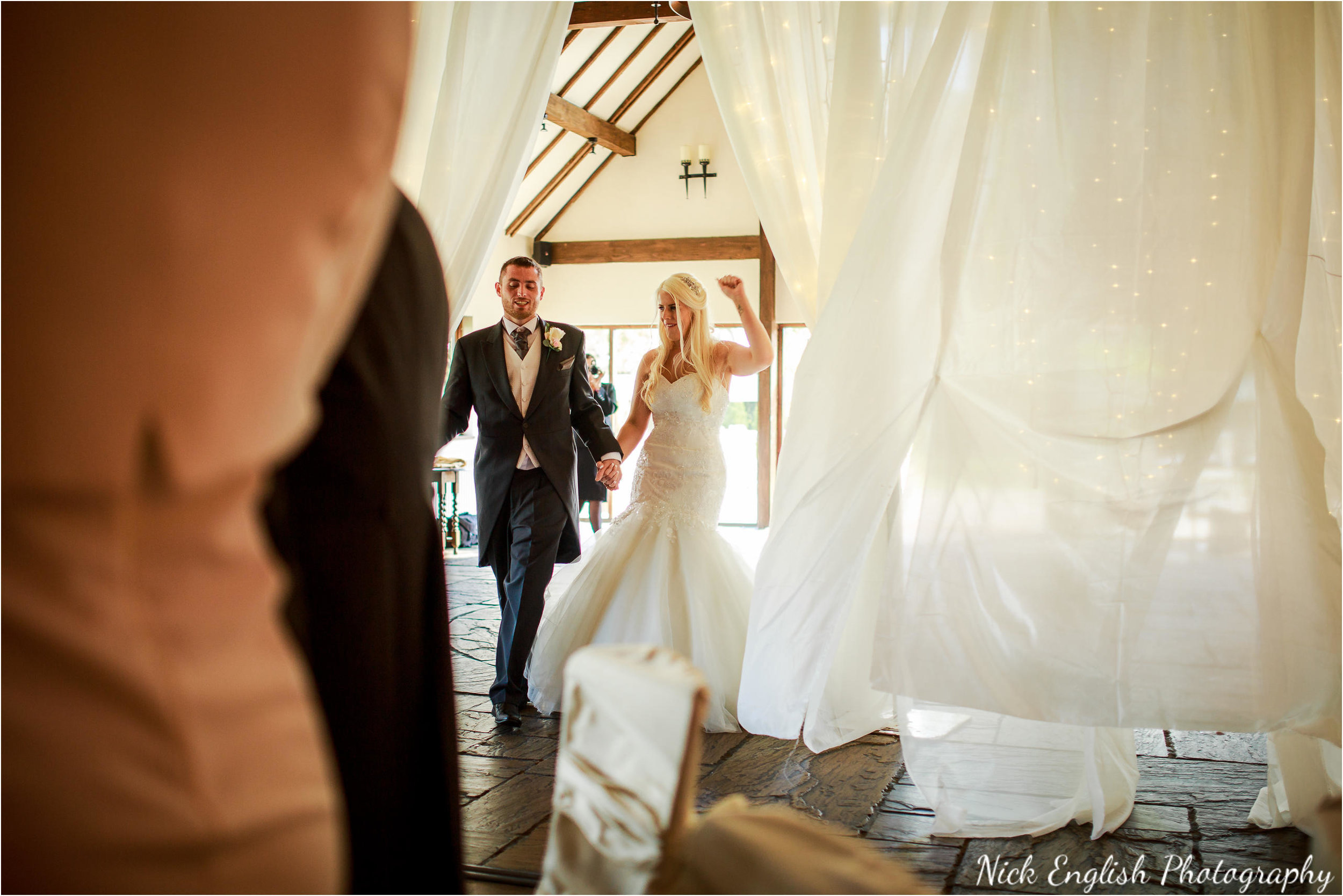 Great Hall At Mains Wedding Photograph 122.jpg