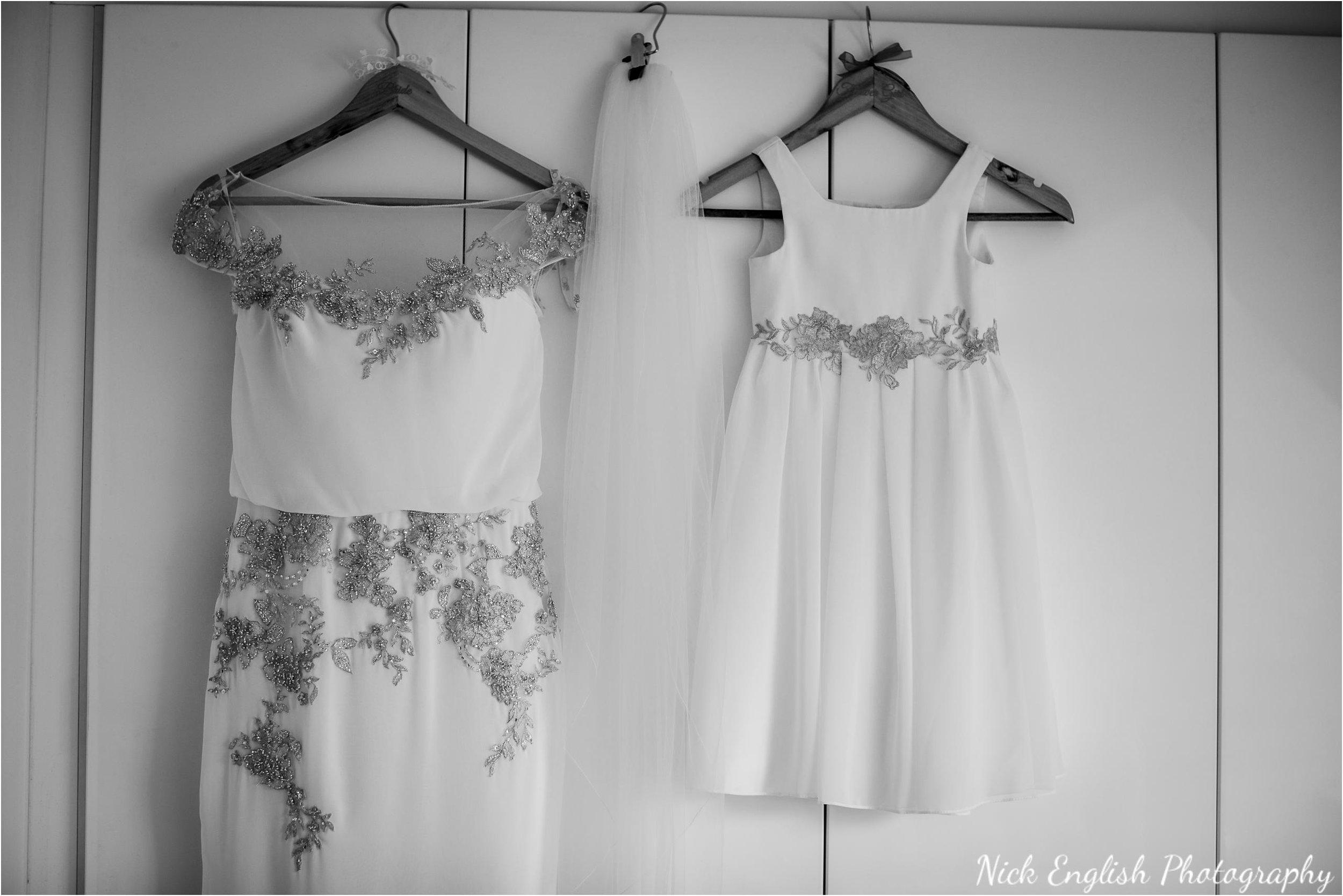 Stacey-Ash-Wedding-Photographs-Stanley-House-Preston-Lancashire-18.jpg