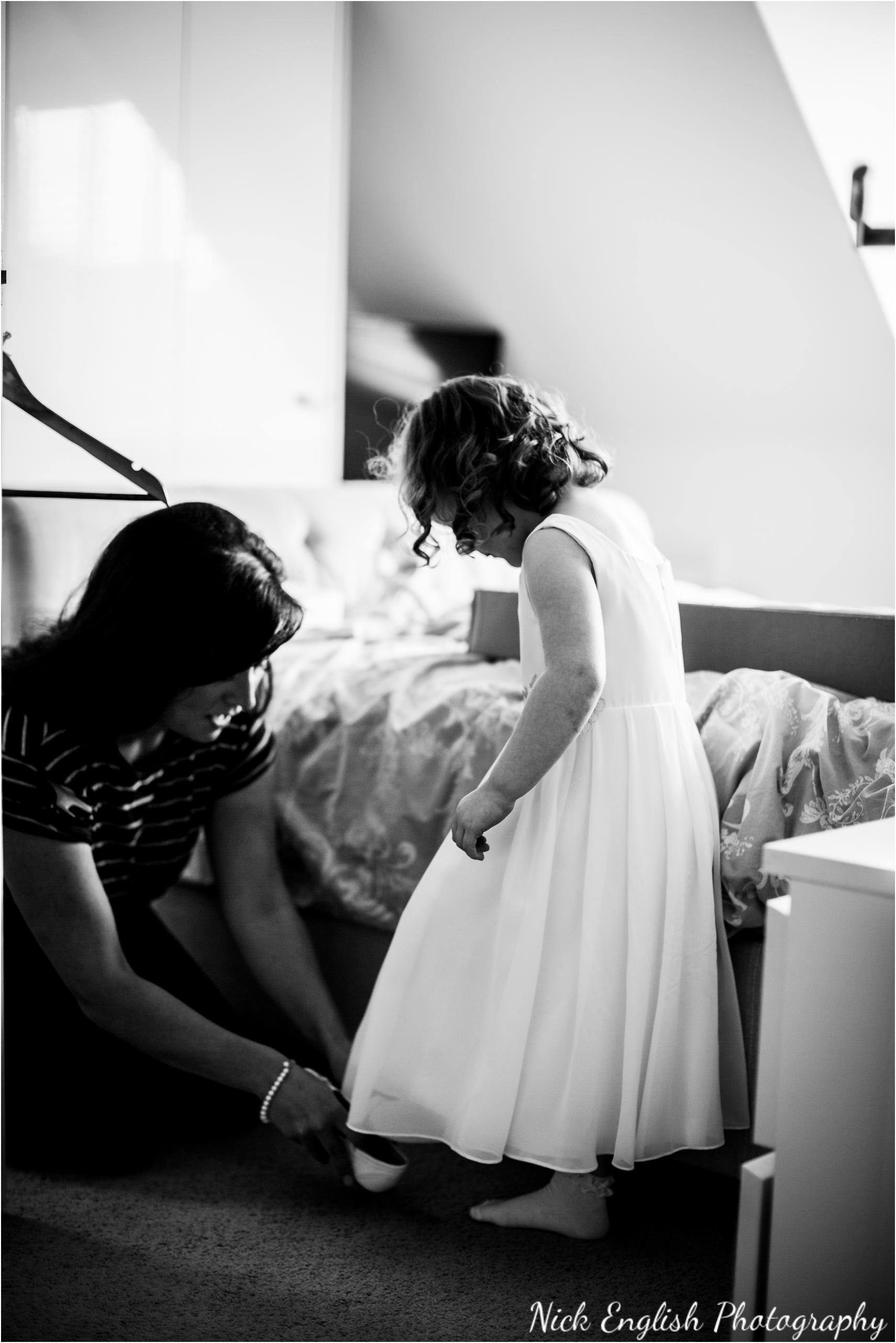 Stacey-Ash-Wedding-Photographs-Stanley-House-Preston-Lancashire-30.jpg