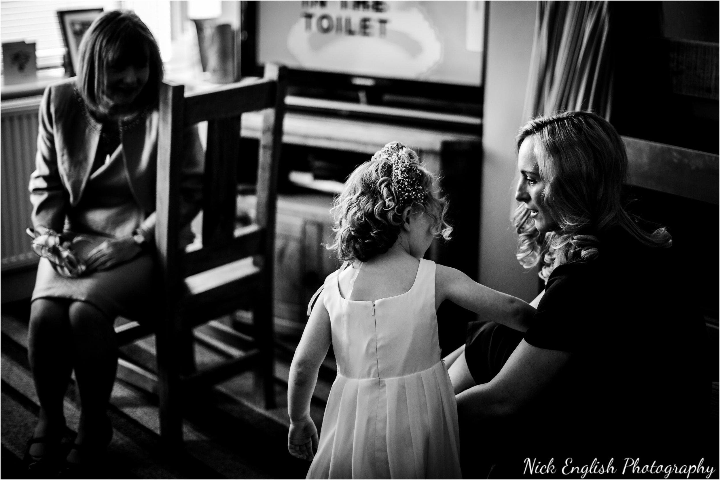 Stacey-Ash-Wedding-Photographs-Stanley-House-Preston-Lancashire-32.jpg