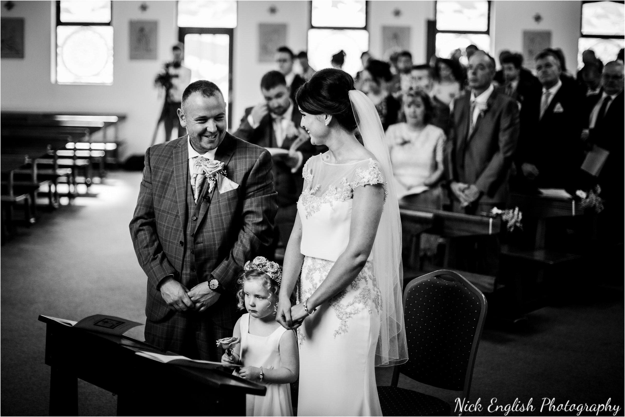 Stacey-Ash-Wedding-Photographs-Stanley-House-Preston-Lancashire-48.jpg