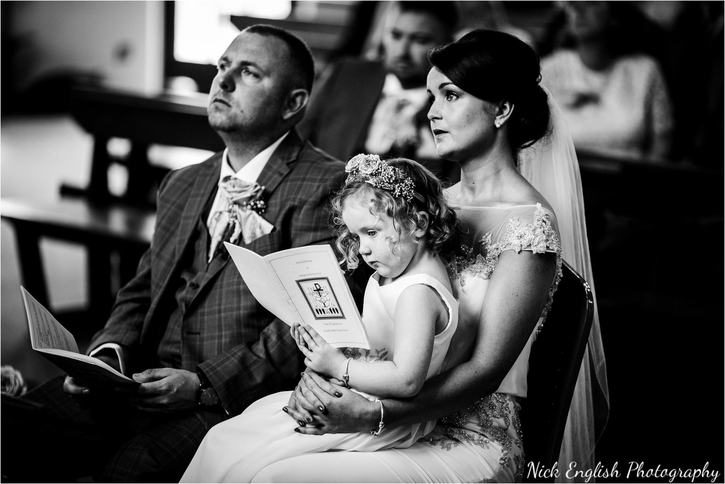 Stacey-Ash-Wedding-Photographs-Stanley-House-Preston-Lancashire-54.jpg