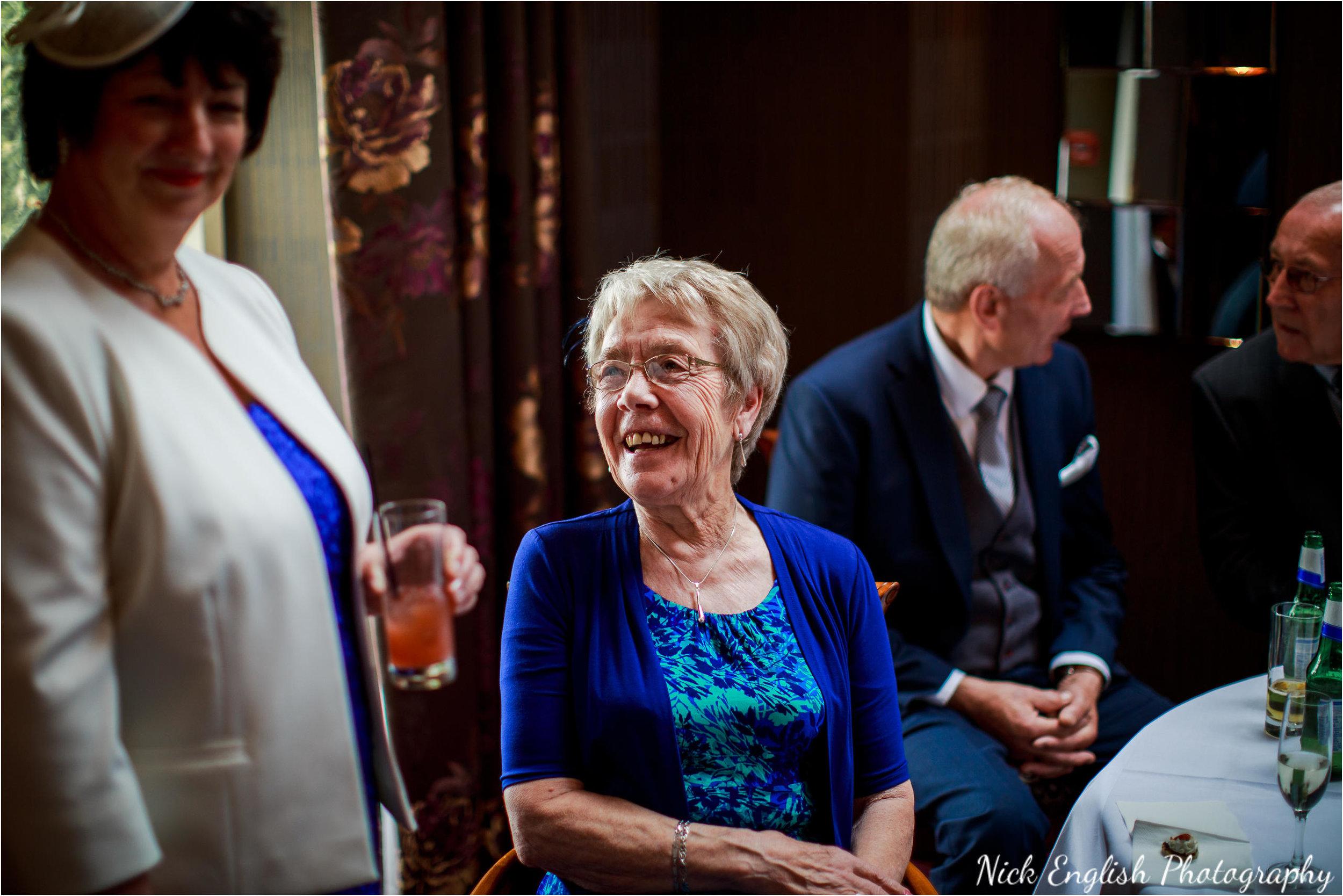 Stacey-Ash-Wedding-Photographs-Stanley-House-Preston-Lancashire-115.jpg