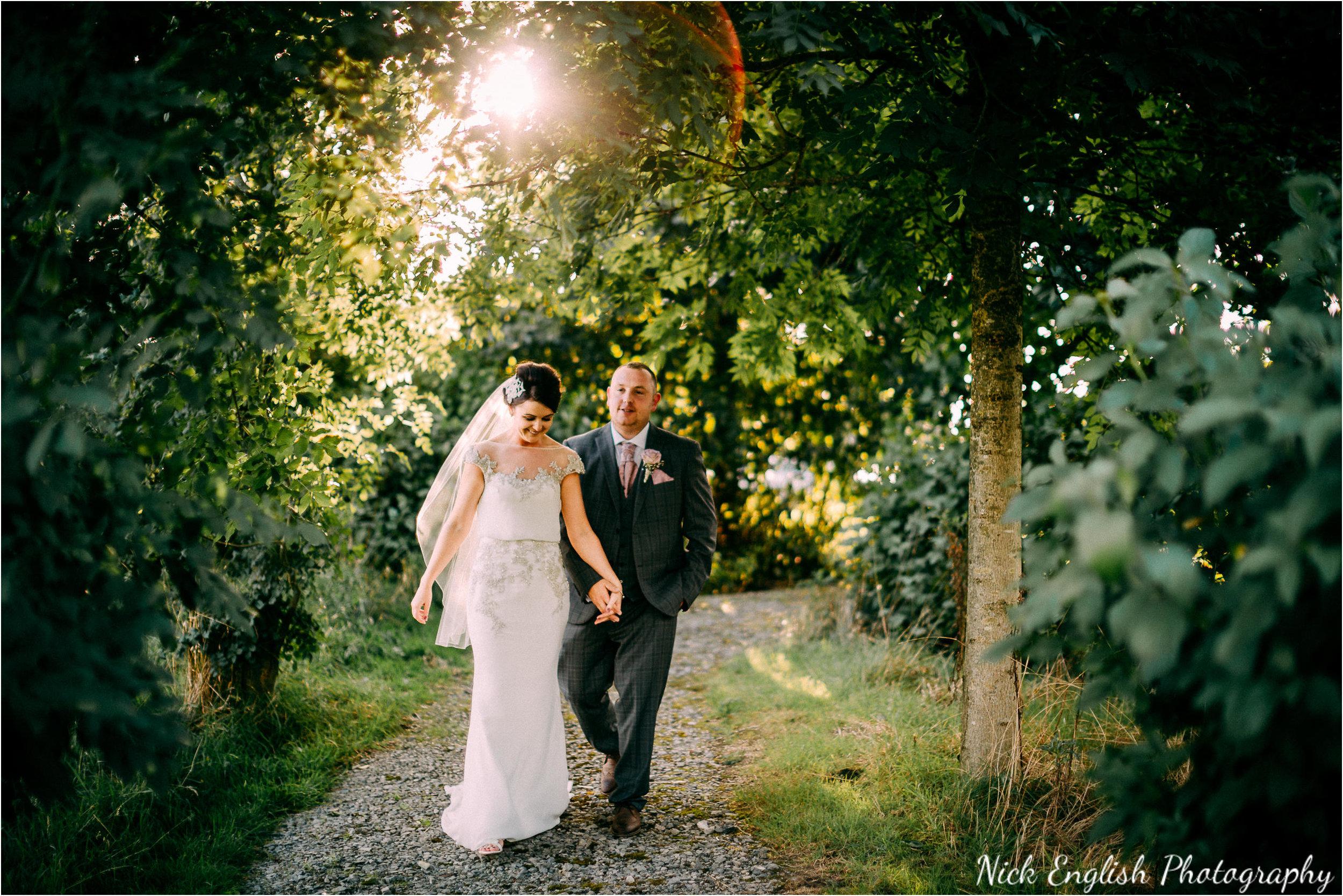Stacey-Ash-Wedding-Photographs-Stanley-House-Preston-Lancashire-208.jpg