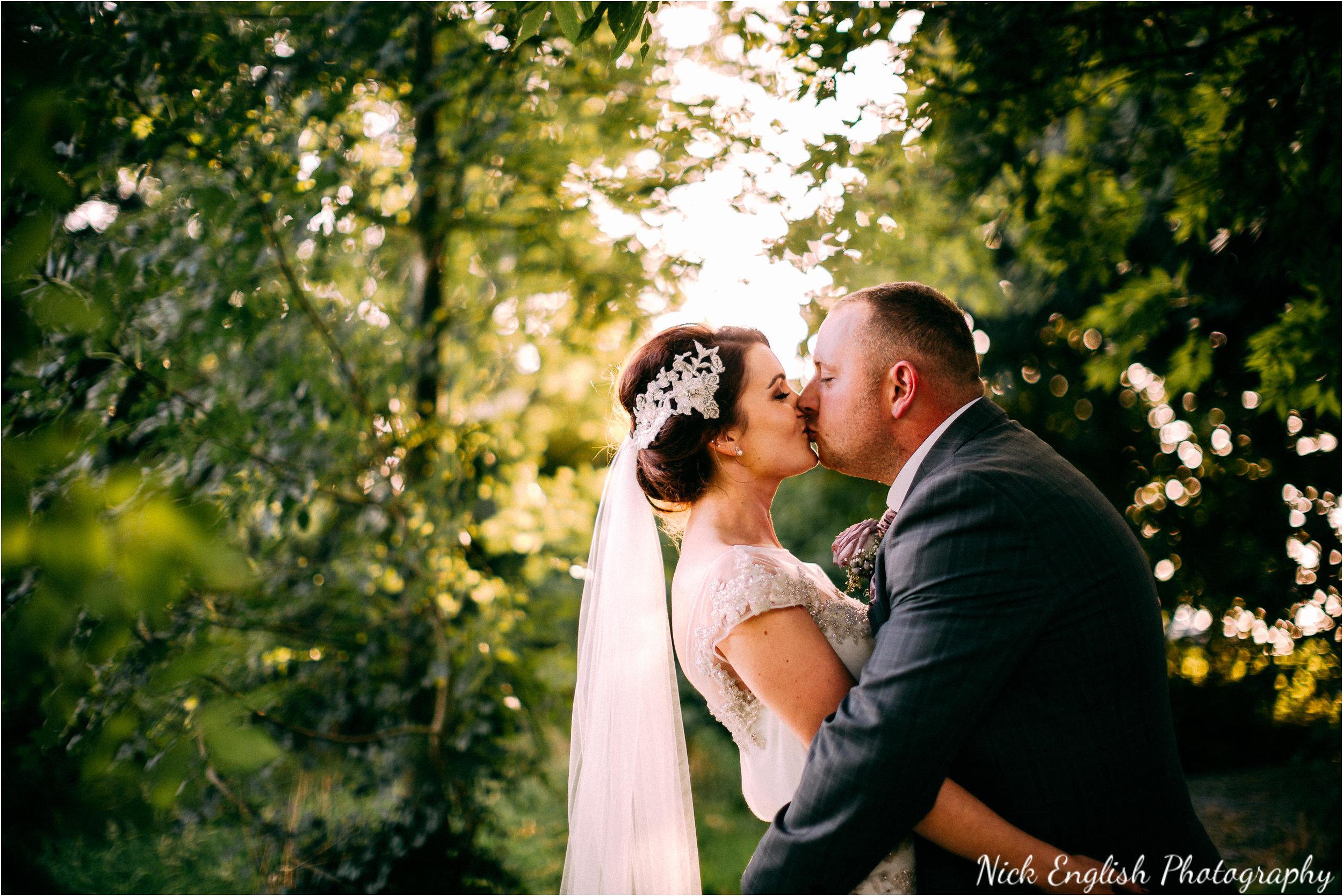 Stacey-Ash-Wedding-Photographs-Stanley-House-Preston-Lancashire-212.jpg