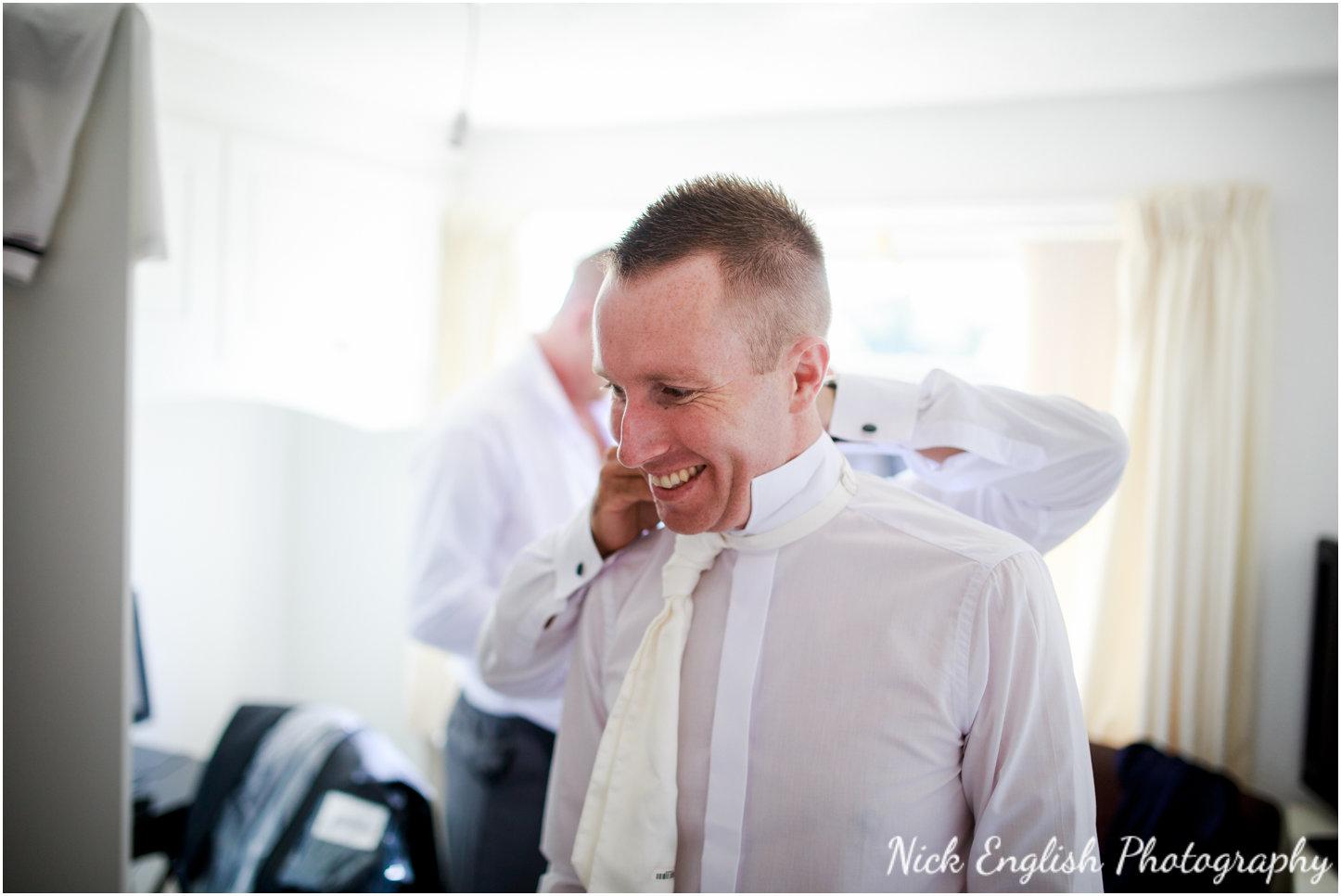 Rivington Hall Barn Wedding Photographer (28).jpg