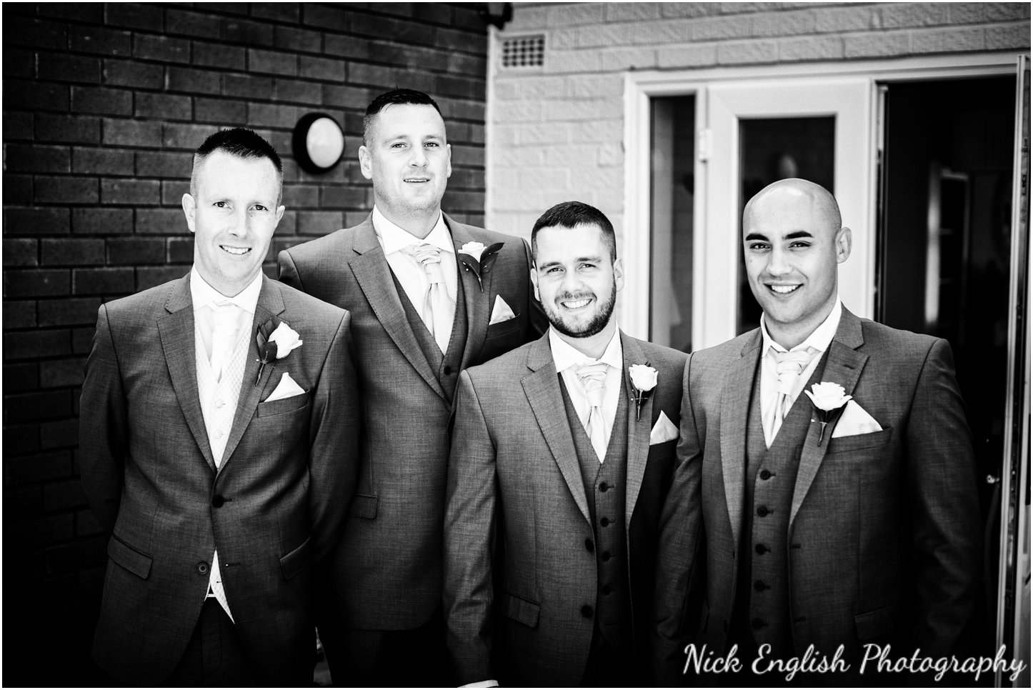 Rivington Hall Barn Wedding Photographer (37).jpg