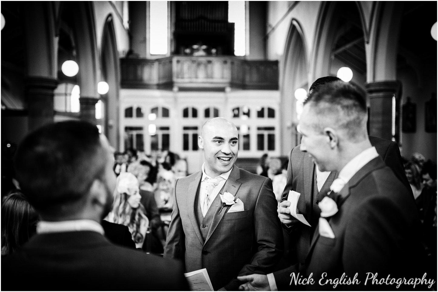 Rivington Hall Barn Wedding Photographer (62).jpg