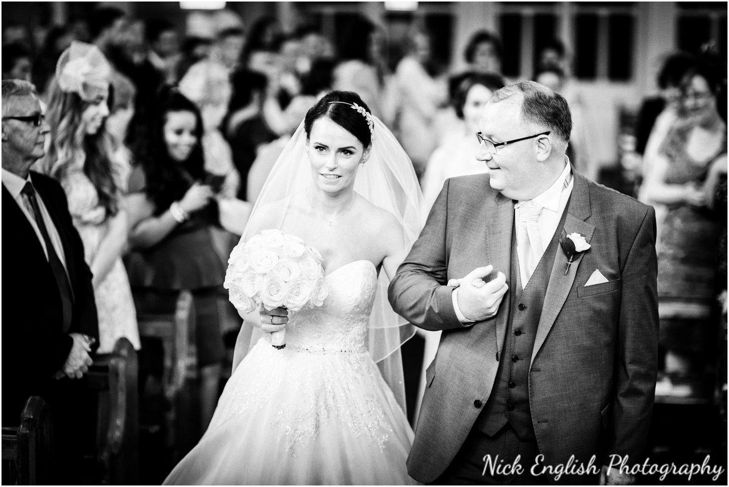 Rivington Hall Barn Wedding Photographer (72).jpg