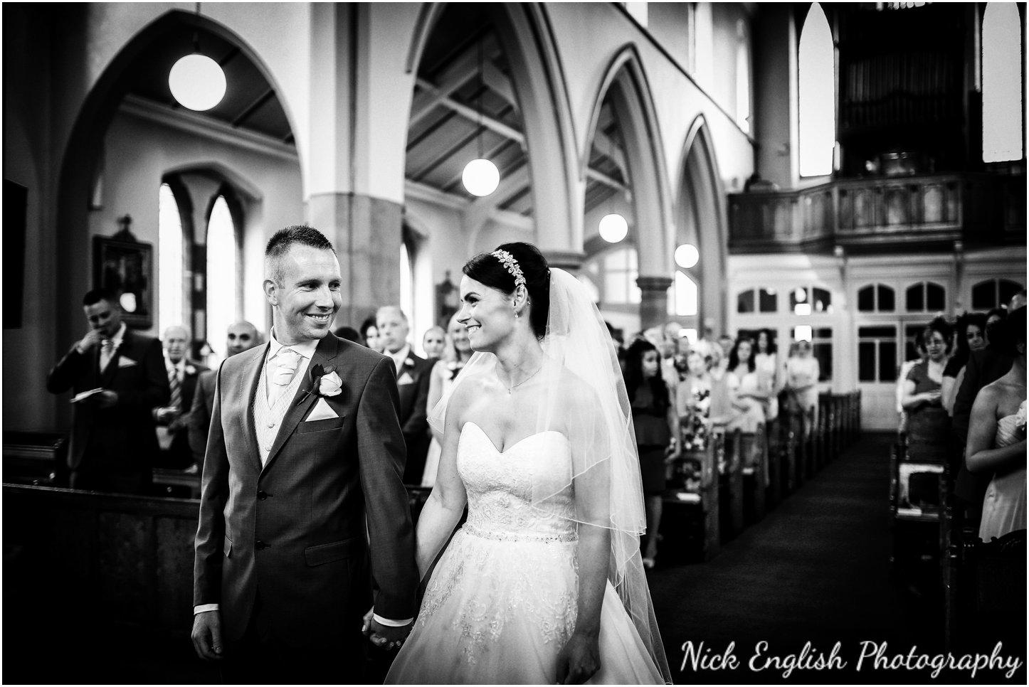 Rivington Hall Barn Wedding Photographer (73).jpg