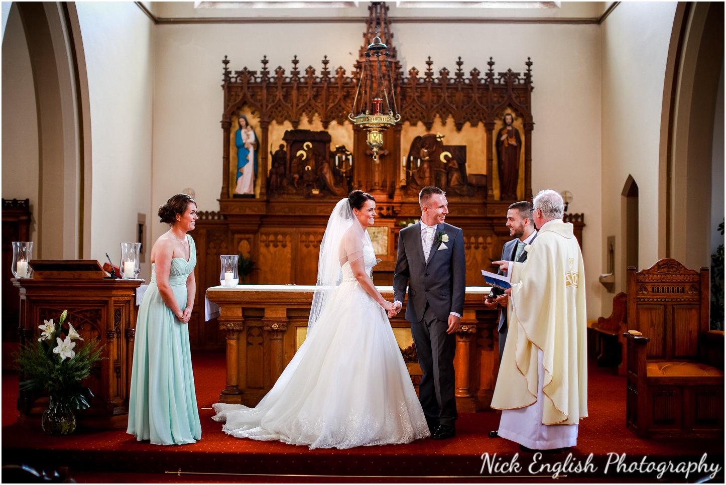 Rivington Hall Barn Wedding Photographer (83).jpg