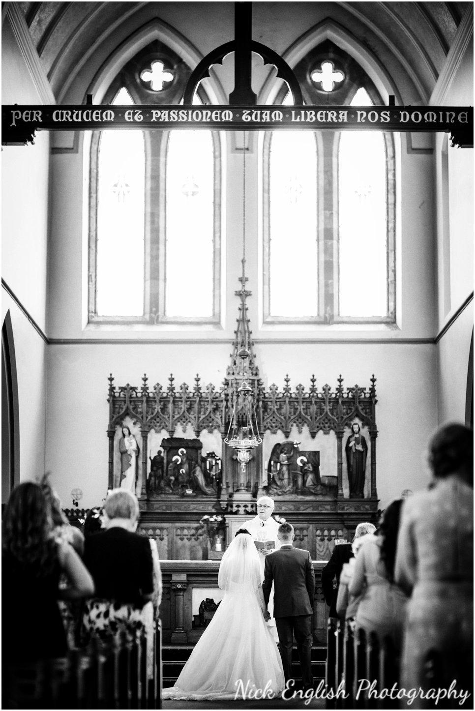 Rivington Hall Barn Wedding Photographer (86).jpg