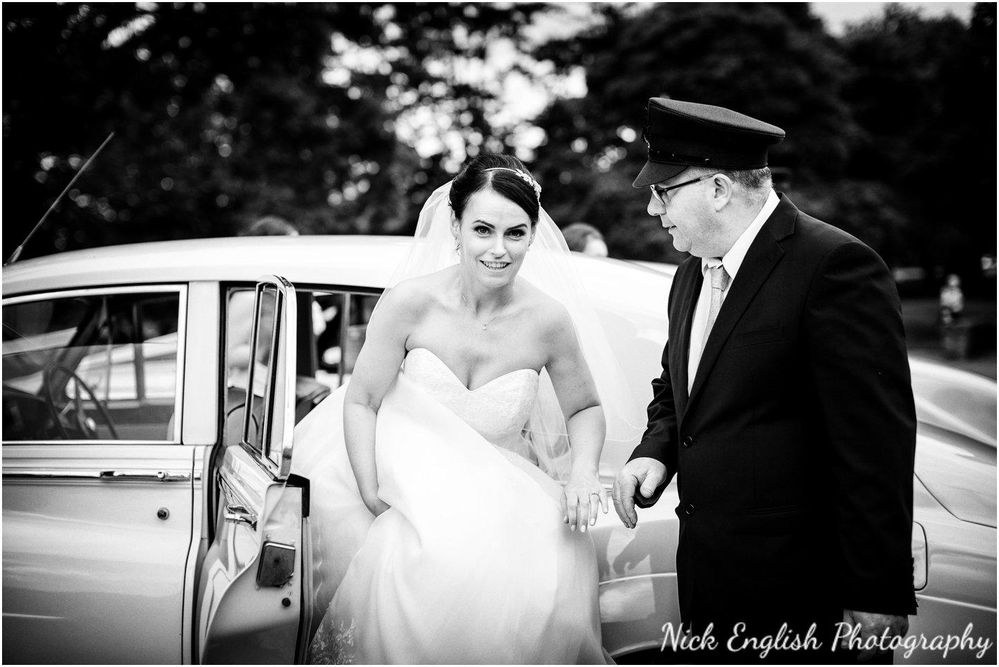 Rivington Hall Barn Wedding Photographer (98).jpg