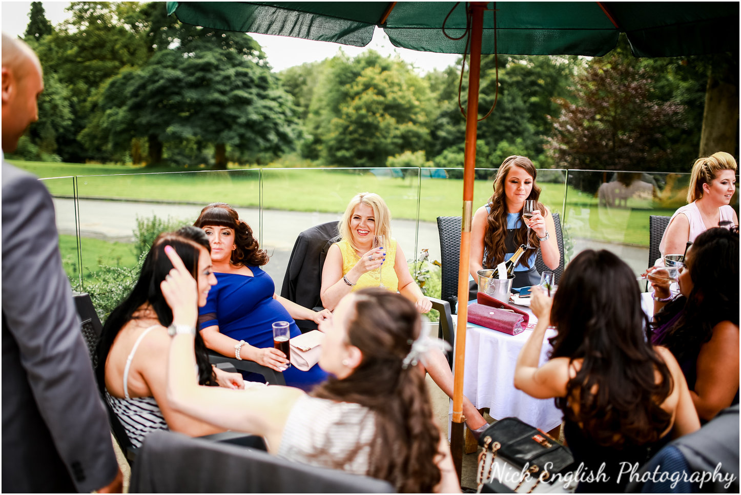 Rivington Hall Barn Wedding Photographer (134).jpg