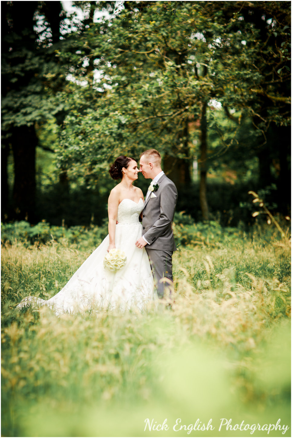 Rivington Hall Barn Wedding Photographer (136).jpg