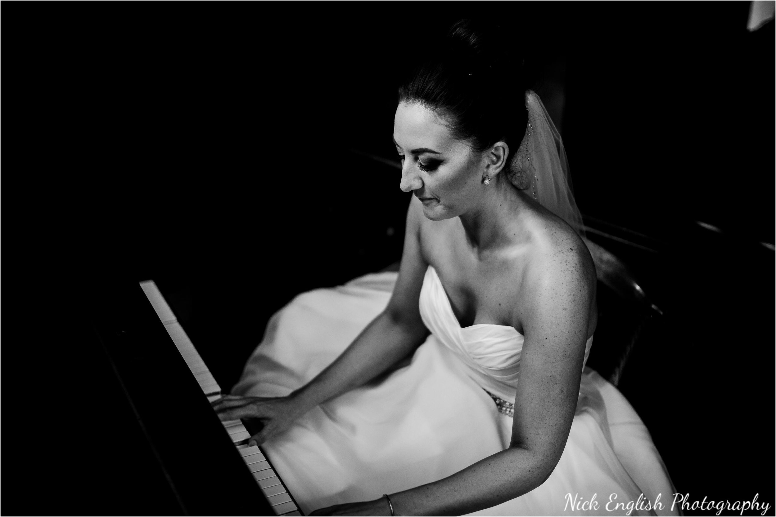 Eaves_Hall_Wedding_Photographs_Nick_English_Photography-216.jpg