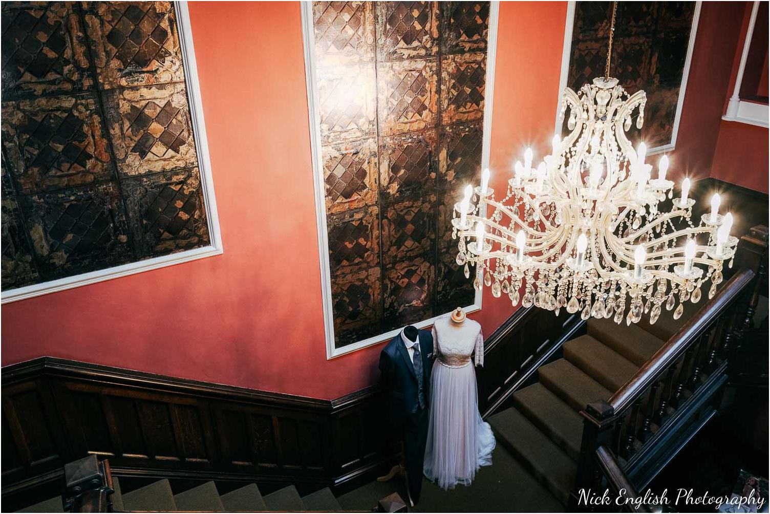 Falcon_Manor_Yorkshire_Wedding_Photographer-10.jpg