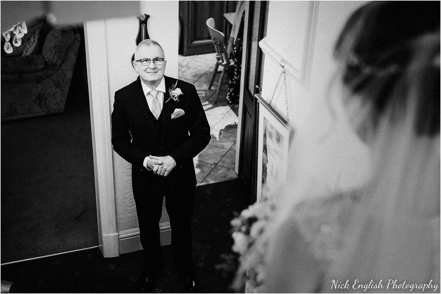 Mitton_Hall_Wedding_Photographer-17.jpg