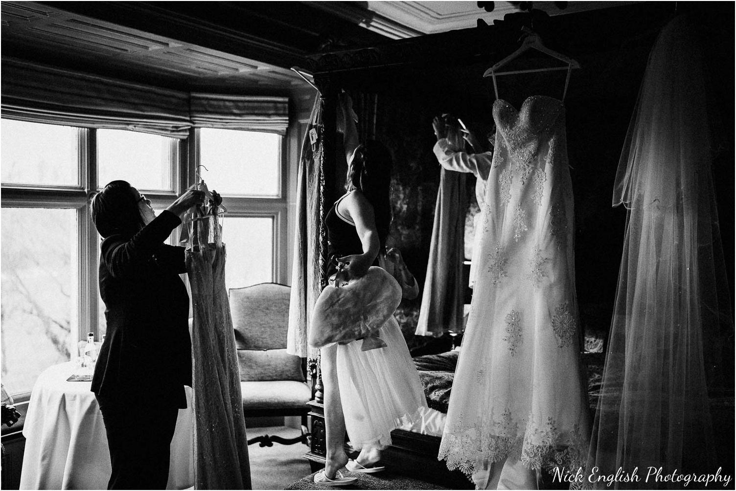Mitton_Hall_Wedding_Photographer_2018-39.jpg