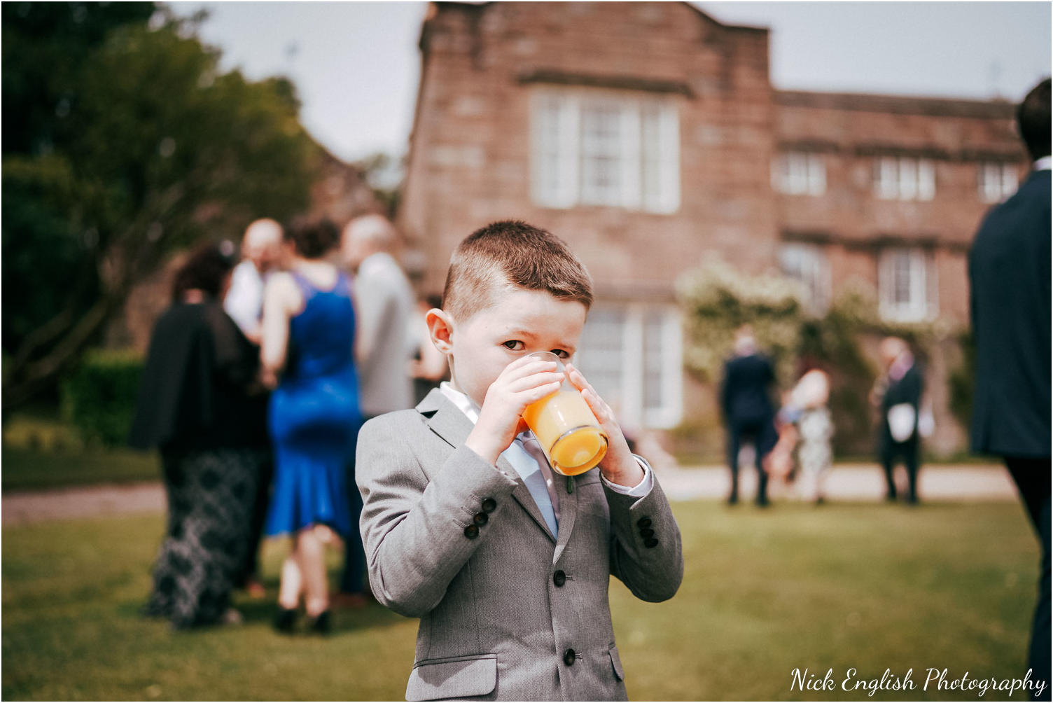 Browsholme_Hall_Tithe_Barn_Wedding_Photographer_Lancashire-64.jpg