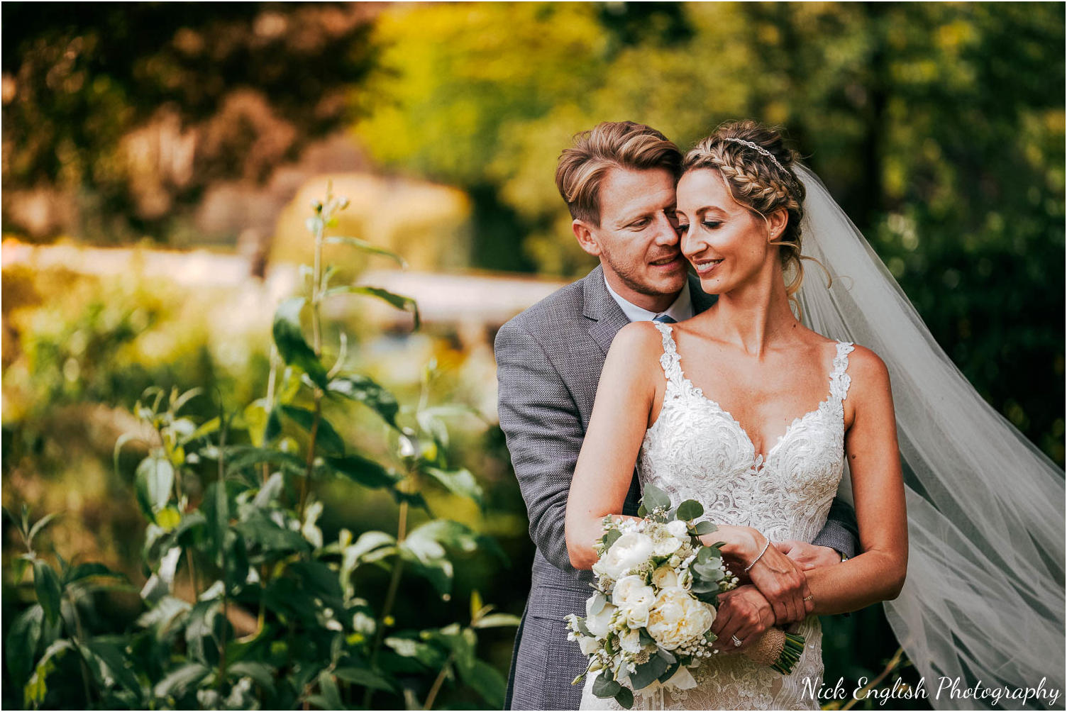 Browsholme_Hall_Tithe_Barn_Wedding_Photographer_Lancashire-73.jpg