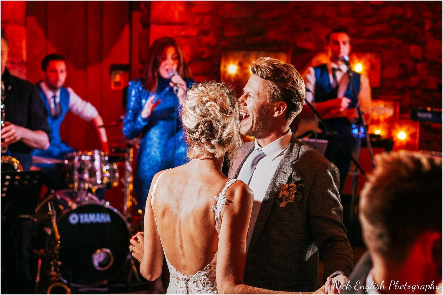 Browsholme_Hall_Tithe_Barn_Wedding_Photographer_Lancashire-116.jpg