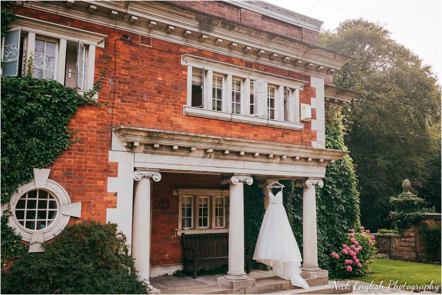 Eaves_Hall_Outdoor_Wedding-1.jpg