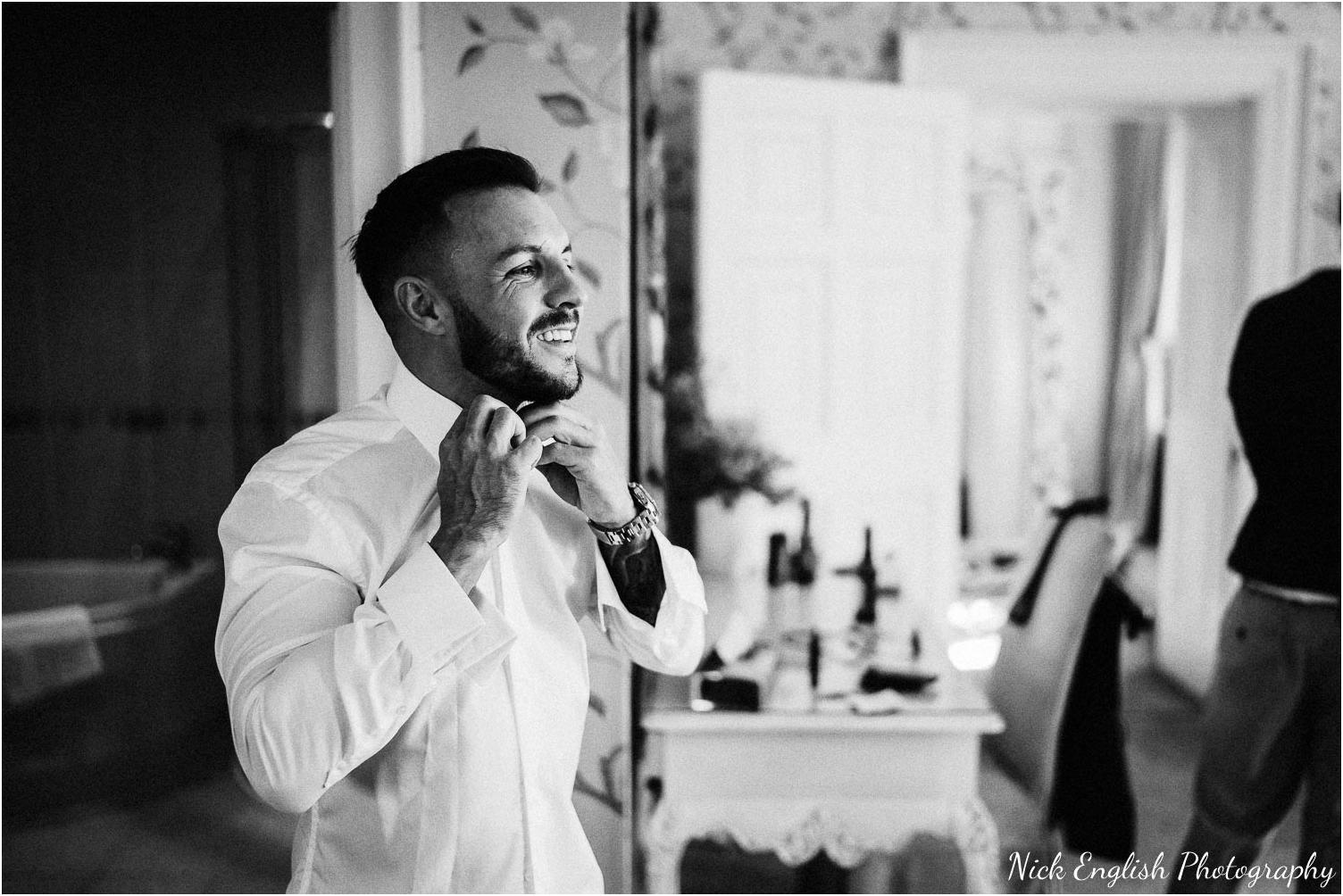 Eaves_Hall_Outdoor_Wedding-20.jpg