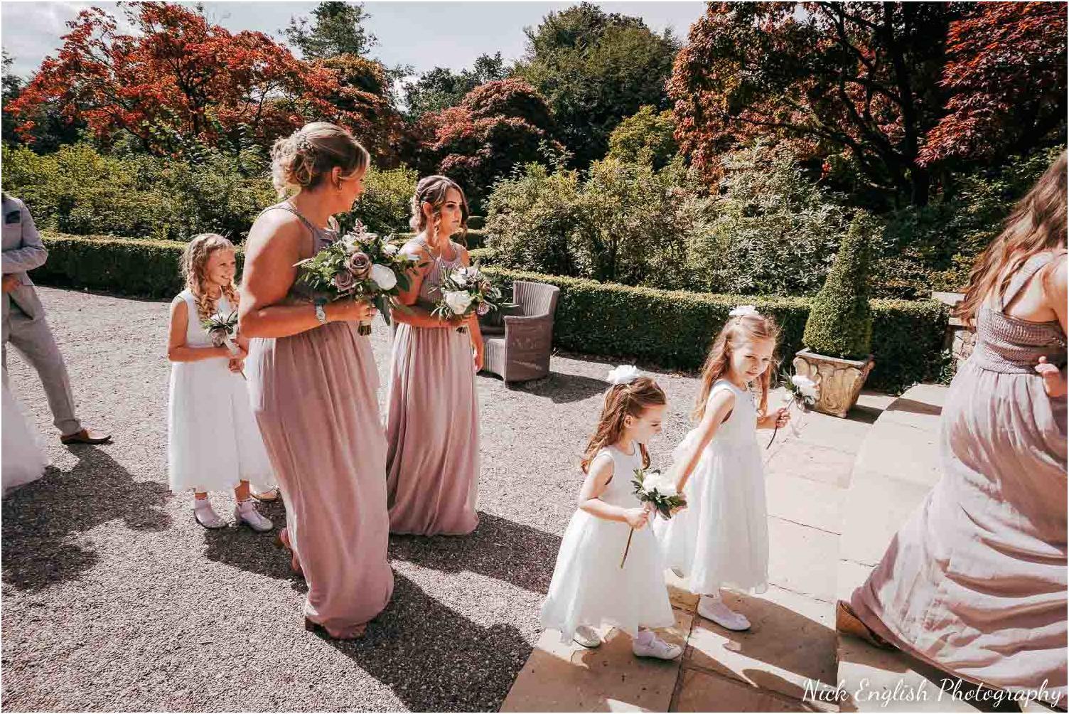 Eaves_Hall_Outdoor_Wedding-33.jpg