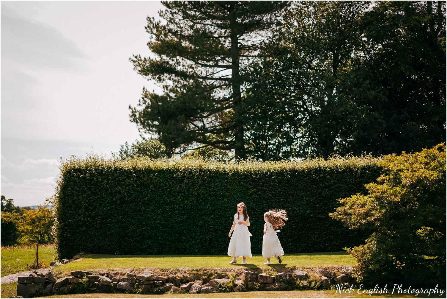 Eaves_Hall_Outdoor_Wedding-123.jpg